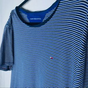 Tommy Hilfiger Mens T-Shirt Blue Striped Crewneck